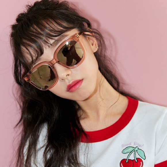 """c7c1506f3cac Gentle Monster Accessories - Gentle Monster """"Absente"""" Sunglasses in Pink"""